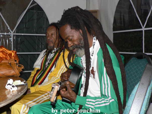 2 reggae videos - 2 3